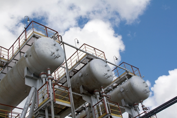 Extra heavy/ heavy crude oil separators